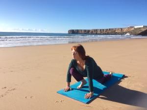 Medicinsk Yoga på stranden Portugal Algarve